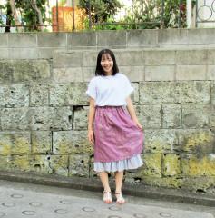 凪―紫白スカート持って.JPG