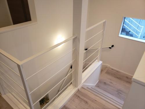 階段廊下.jpg