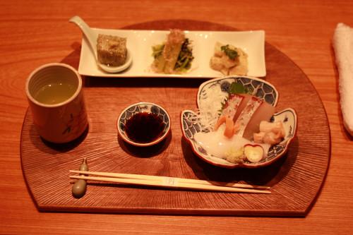 京都魚匠「もとき」 ウォールナットの削りの半月盆お敷