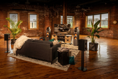 Klipsch_Reference_Speakers_Lifestyle_GNM_44.jpg