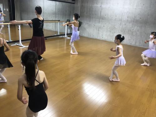 中央林間バレエアキバレエスタジオ.jpeg