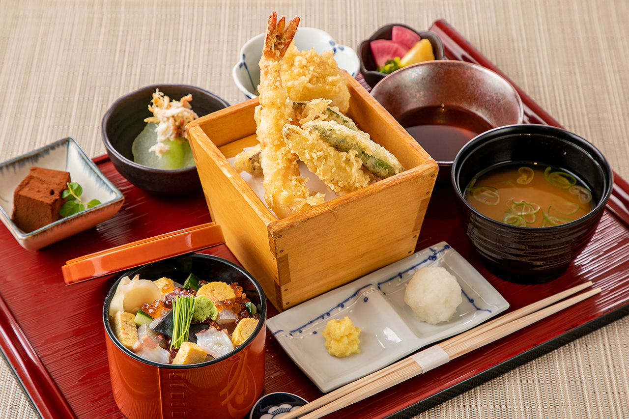 ミニちらし寿司と天ぷら御膳