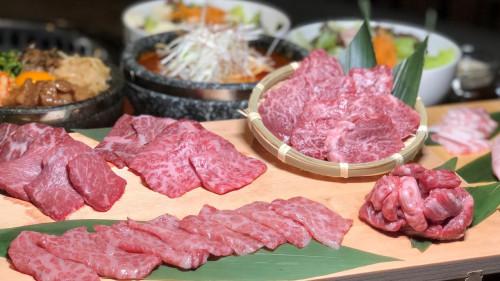 沖縄 焼肉 極上牛 忘新年会予約受付中~.JPG