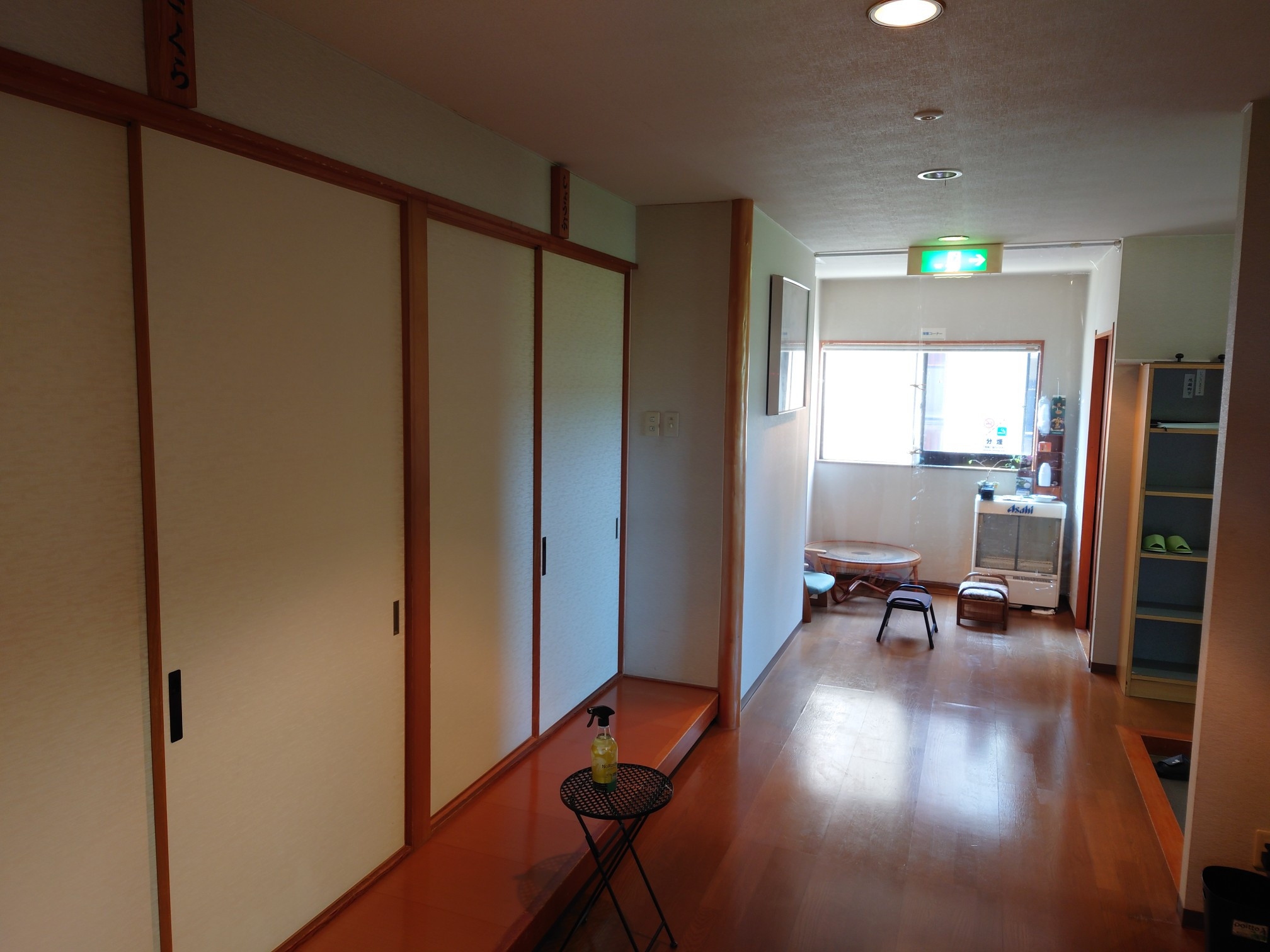 民宿八木は居酒屋と併設する料理自慢の宿です
